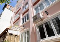 Bán gấp! Nhà Đinh Tiên Hoàng, Quận 1, KD CHDV 8P, giá 16tỷ500tr có HĐ thuê 68tr/th gọi 090 980 9999