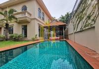 Biệt thự sân vườn - Nội thất cao cấp tại Thảo Điền 660m2