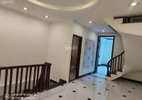 Chuyển công tác bán lại căn nhà 34m2 * 3 tầng cuối phố Bà Triệu, gần chợ Hà Đông. Giá 2,5 tỷ