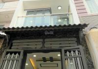 Nhà đẹp ngay đường Tên Lửa Bình Tân, 1 trệt 2 lầu sân thượng mới xây, giá 2.40 tỷ