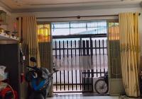Nhà 2 mặt hẻm thông, Tôn Đản - 42m2 - 2 tầng - Chỉ 3.9 tỷ - Lh A Bích 0913.671.761 - Q421086