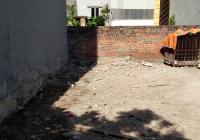 Gia đình tôi cần bán lô đất Vĩnh Quỳnh, diện tích 42m2 giá chỉ 26tr/m2. Liên hệ 0358366515
