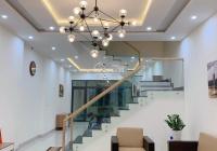 Cô Lộc muốn bán căn nhà mới decor ở MT Đê Bao, Ấp 1, chợ Hưng Long, 3.1 tỷ nội thất cao cấp