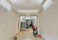Cho thuê nhà 226 Định Công Hạ. Diện tích: 55m2 sàn, kinh doanh cực thuận lợi