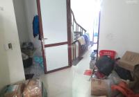 Cho thuê nhà riêng phố Trần Đại Nghĩa, nhà gần các trường đại học, 50m2 x 4 tầng, 14 tr/th