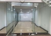 Cho thuê nhà mặt phố lớn Trần Quốc Hoàn, Cầu Giấy. DT 60m2, 5.5 tầng thông sàn, thang máy, full đồ
