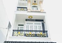 Nhà mới xây 1 trệt 3 lầu, giá 2tỷ5, ngay KDC, Lê Trọng Tấn