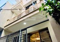Hot! Bán căn 3 tầng mới cực đẹp ngõ đường Điện Biên, DT 50m2, giá 1 tỷ 380 triệu. Lhe: 0985826887