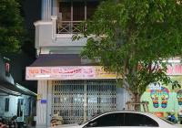 Cho thuê nhà mặt tiền đường Tân Sơn Nhì, DT 5x18m, nhà đẹp khu dân cư đông