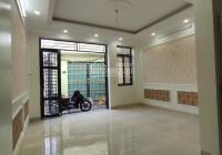 Bán căn nhà xây mới 2 tầng cực đẹp ngõ đường Trần Đăng Ninh, DT 45m2, giá 850tr, LH: 0985826887
