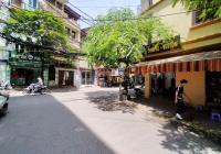 Cho thuê nhà MP Nguyễn Ngọc Nại DT T1=80m2, T2,3=50m2, MT 12m giá 45tr/tháng có TL
