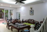 Cho thuê nhà Ngọc Thụy, Long Biên có gara ô tô, full nội thất. LH: 0989.318.368