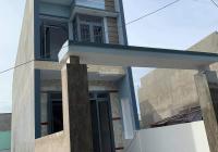 Cần tiền bán gấp nhà 1 lầu 1 trệt xây mới gần cầu mới Hóa An