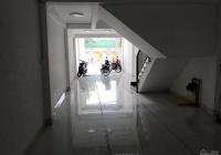 Cho thuê nhà mặt tiền đường Lê Văn Quới 4x28m nở hậu sau nhà 10m