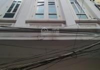 Cho thuê nhà 38m2 x 4 tầng tại Dương Quảng Hàm, ô tô vào được. 9.5 triệu