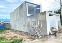 Gia đình có nhà đất ngay UBND xã Long Đức đi vào 300m cặp bên trường tiểu học long đức cần bán gấp