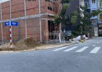 Cách thành phố Biên Hoà chỉ 5 phút, nằm trên mặt tiền Hoàng Minh Chánh, song hành với Quốc Lộ 1K