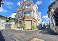 Nhà xây mới tâm huyết ngay Vincom Võ Văn Ngân Thủ Đức, 3 tầng 4 phòng ngủ, xe hơi vào nhà luôn