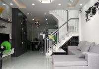 Nhà cực đẹp, giá cực rẻ, chỉ 3,88 tỷ sở hữu ngay căn nhà tọa lạc tại trung tâm quận Gò Vấp