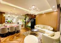 Chính chủ bán gấp villa Nhật đường Nguyễn Duy Trinh, quận 2, DT: 16.5 x 12m (188.5m2). Giá 36 tỷ