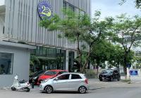 Cho thuê nhà Lô góc 3 MT Nguyễn Chánh, 200m2 x 3T, MT 40m, nhà hàng, ngân hàng, giá 150tr/th