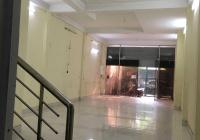 Cho thuê nhà mặt phố 69 Nguyễn Khoái, cho thuê cả nhà 3,5 tầng