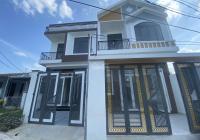 Nhà đẹp ngay ủy ban xã Vĩnh Thạnh. Giá 2,25 tỷ, ô tô 7 chỗ quay đầu tốt
