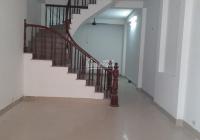 Cho GĐ, người đi làm thuê nhà mới, ở, KD, cách ô tô 1 nhà, 150m2, 3PN, đồ cơ bản - Lò Đúc, HBT