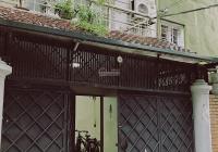 Cho thuê nhà nguyên căn ngõ 84 Linh Lang, 90m2, MT 6.2m, 4 tầng (35 tr/tháng)