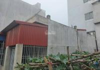 Nhà độc lập dân xây Đông Hải 2, móng 3 tầng, xây 1 tầng có cầu thang lên tầng 2 và cột chờ sẵn