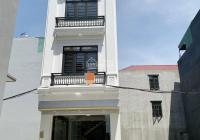 Nhà mới xây, thiết kế hiện đại, sang quý phái hợp cho những người thích tranh ảnh