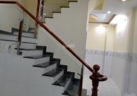 Bán gấp nhà mới 1 trệt, 1 lầu, 2PN, 3WC, giá 2.8 tỷ, công chứng ngay 0707923865 (A. Nhất)