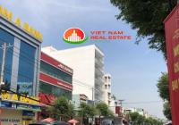 Cho thuê nhà mặt tiền KD đường Lũy Bán Bích, Q Tân Phú, DT: 20mx50m. 3 lầu, liên hệ: 0914 014 831