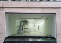 Cho thuê nhà tại A10 Nam Trung Yên 80m2 4 tầng 6m mặt tiền thông sàn làm showroom trưng bày, VP cty