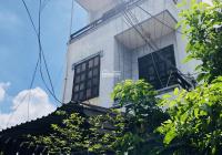 Hàng ngộp nhà 1 trệt 2 lầu, gần ngã tư Thủ Đức, cho thuê 90tr/năm, DT 104m2, giá 5.3 tỷ, SHR