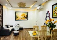 Chính chủ bán gấp CHCC D11 Trần Thái Tông, Cầu Giấy, HN. DT 100m2, 2PN, 2VS nội thất CB, căn góc