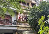Cho thuê nhà phân lô Lạc Trung 65m2 x 3.5T, MT 4.5m, tầng 1 thông, trên chia 2 phòng, 17tr/tháng