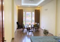 Cho thuê nhà mặt đường Âu Cơ giá rẻ - Căn 64m2 x 5 tầng, mặt tiền rộng, kinh doanh tốt