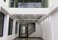 Bán nhà mặt phố Kim Ngưu, DT 75m2 x 7 tầng thang máy, căn góc 3 mặt thoáng, vị trí trung tâm
