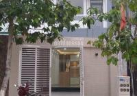 Bán nhà 1 trệt 2 lầu 4 phòng ngủ, full nội thất ở KDC Hiệp Thành 3 TDM BD