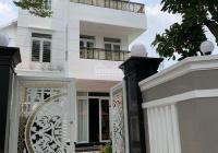 Biệt thự khu Gia Hoà mặt tiền đường Nguyễn Đình Thi (9x20m) biệt thự sân vườn tuyệt đẹp