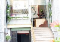 Cho thuê MB + 19 phòng, 21 wc ngay Nguyễn Trãi - Quận 1