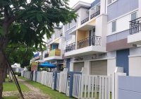 Bán gấp căn nhà phố thương mại 3 tầng KDC Khang Điền TP Thủ Đức dt đất 136m2, 8 tỷ. LH 0902561411