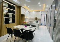 Bán nhà đường Trần Phú, phường 9, quận 5, DT: 4x10m, giá 5.5 tỷ, nhà đẹp vào ở ngay