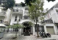 CC cho thuê BT tại KĐT Trung Hòa Nhân Chính, DT 230m2, XD 120m2 * 5 tầng, MT 12m, nhà đẹp. Giá 65tr