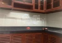 Cho thuê nhà mới xây - 11triệu - gần ngã tư Phú Nhuận