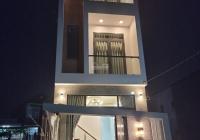 Nhà 1 trệt 2 lầu hẻm 108/11 Trần Quang Diệu hoàn công có 03 PN