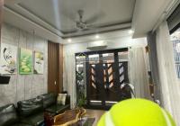 Bán gấp rẻ căn nhà phố 4 tầng, 2 mặt nhà rộng thoáng, thuộc đường Hoàng Diệu, Hải Châu, Đà Nẵng
