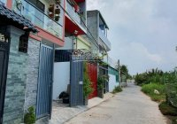 Cần tiền trả ngân hàng bán nhà phố 3 lầu, đã hoàn công, đường Trường Lưu, TP. Thủ Đức