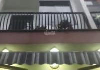 Bán nhà 3 mê đúc kiên cố kiệt Tôn Đản, giá chỉ 2 tỷ 390, LH 0905887484